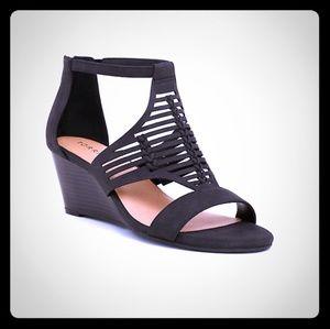 Black whipstitch wedge sandal